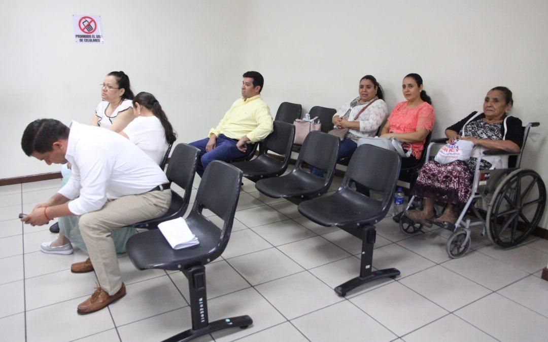 Juzgado programa resolución de preliminar contra ocho miembros de una familia acusados de lavado de dinero y activos