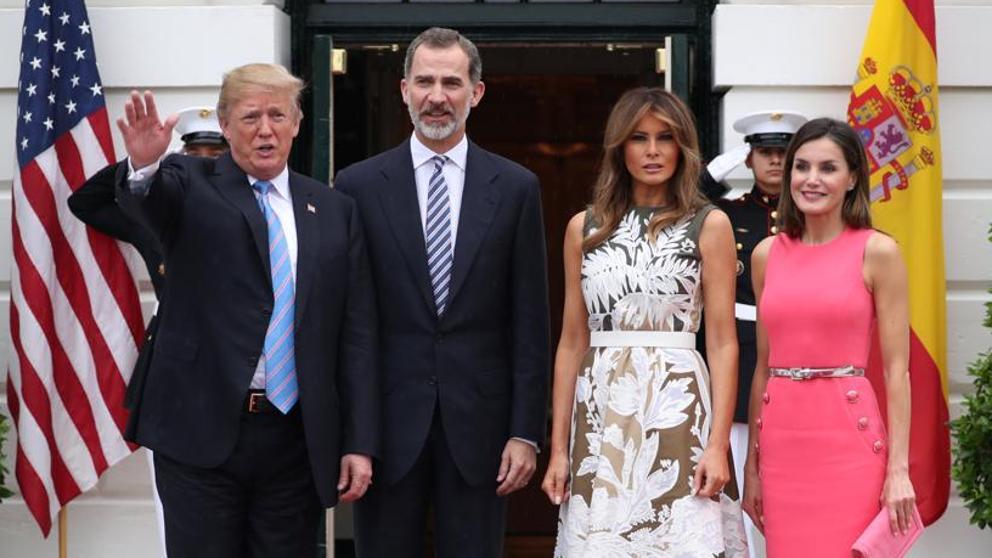El presidente Trump recibirá a los reyes de España en abril.