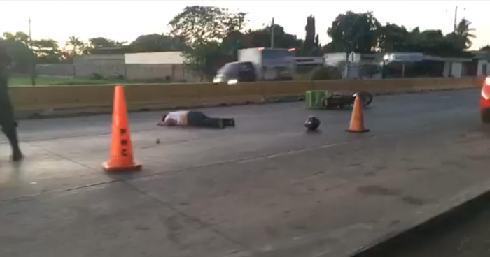motociclista muere en accidente en carretera de Sonsonate.