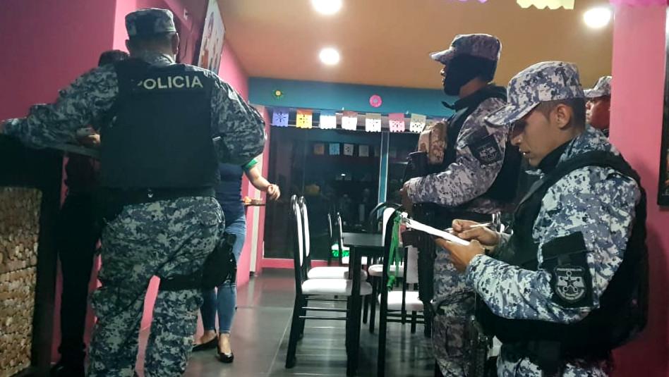 PNC VERIFICA QUE LOS RESTAURANTES CUMPLAN CON LAS ÓRDENES DEL PRESIDENTE.