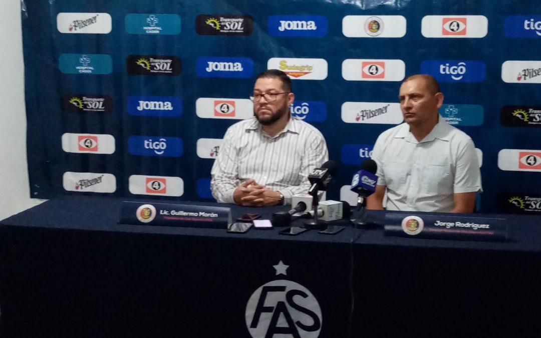 FAS TIENE NUEVO DIRECTOR TÉCNICO JORGE EL »ZARCO» RODRÍGUEZ