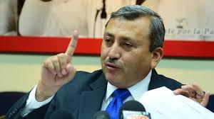 Jefé de la fracción politica del partido ARENA brinda declaración del 9F
