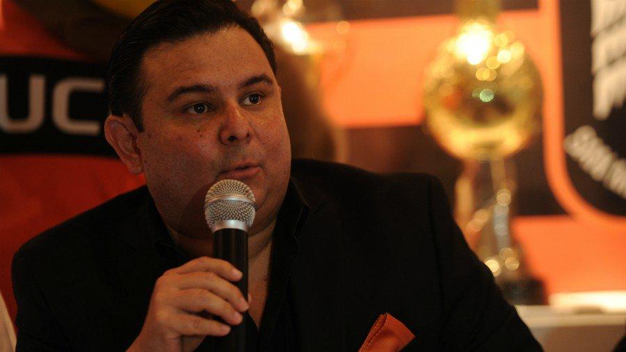 Alex Menjivar deja el cargo de presidente del cuadro emplumado